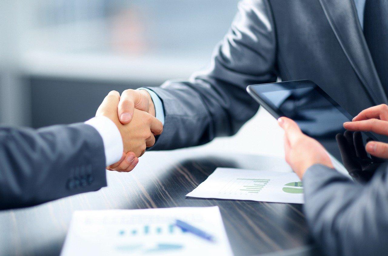 Comment expliquer le succès du prêt entre particuliers